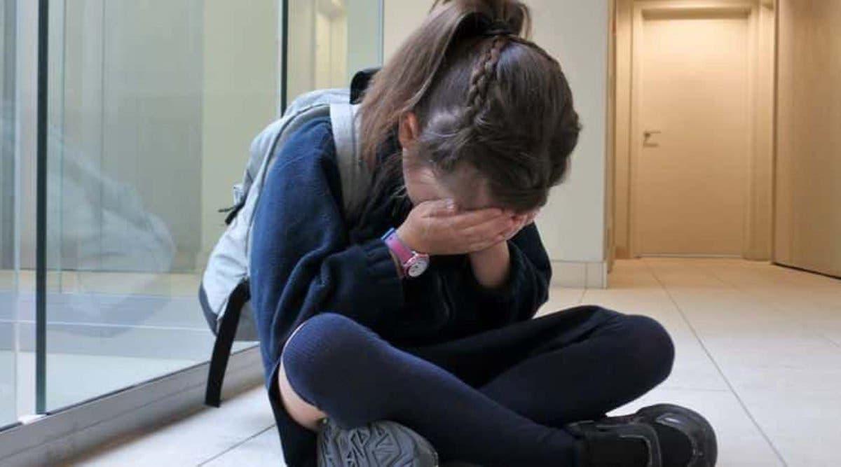 Une adolescente est « obligée » de retenir ses règles jusqu'à la pause pour aller aux toilettes