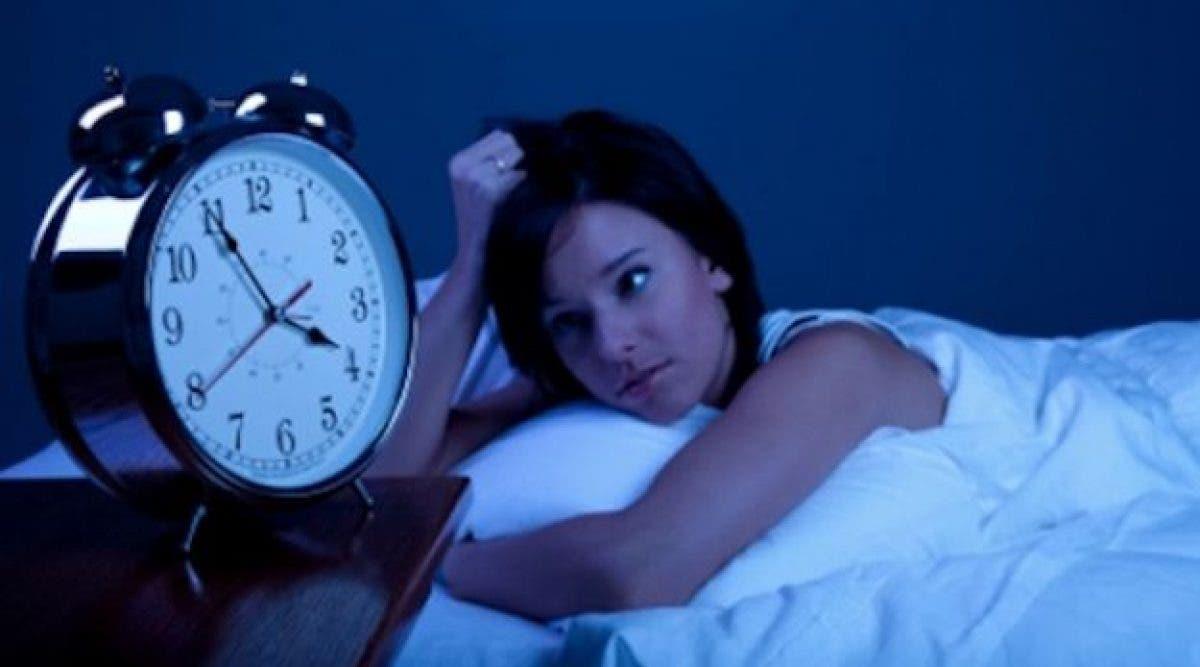 Se réveiller entre 3 et 5 heures du matin pourrait indiquer qu'une énergie supérieure veut vous dire quelque chose