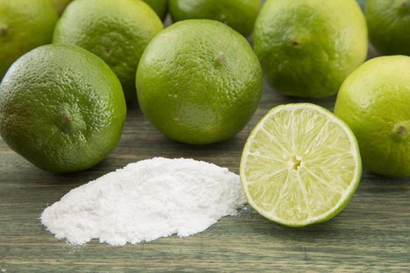 Le bicarbonate de soude peut brûler la graisse du ventre , la cuisse , les bras et le dos . Voici comment l'utiliser