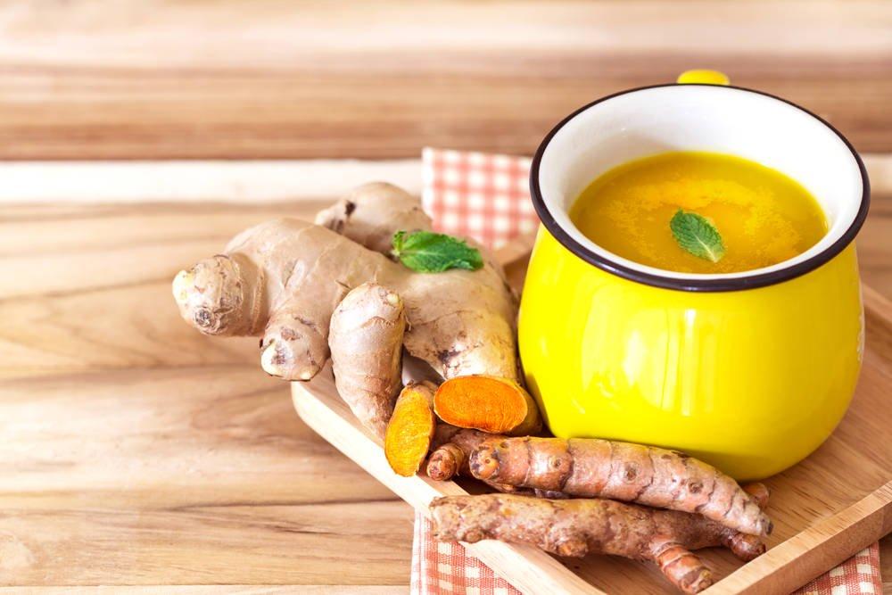 Thé au curcuma et au gingembre pour renforcer le système immunitaire